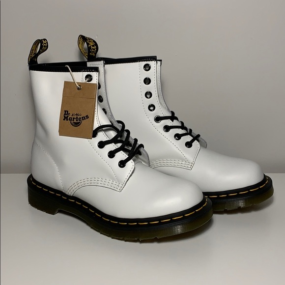 outlet for sale new photos the best attitude Dr. Martens White 1460 Smooth (NWT) NWT
